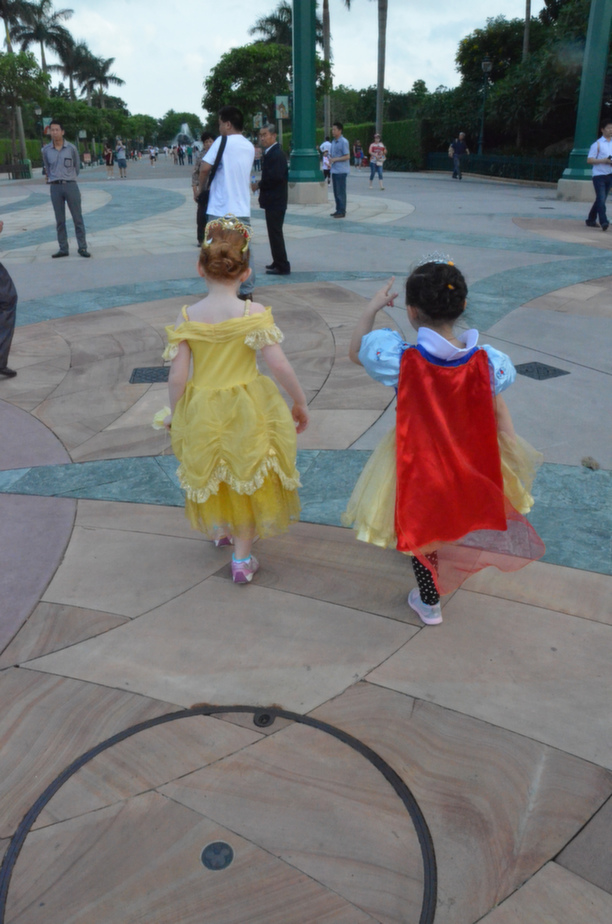 Hong Kong Disneyland Princesses