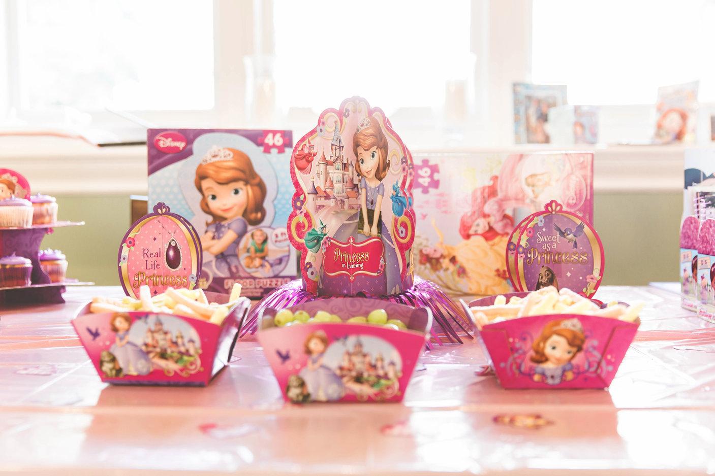 Disney Side Princess Playdate Decorations