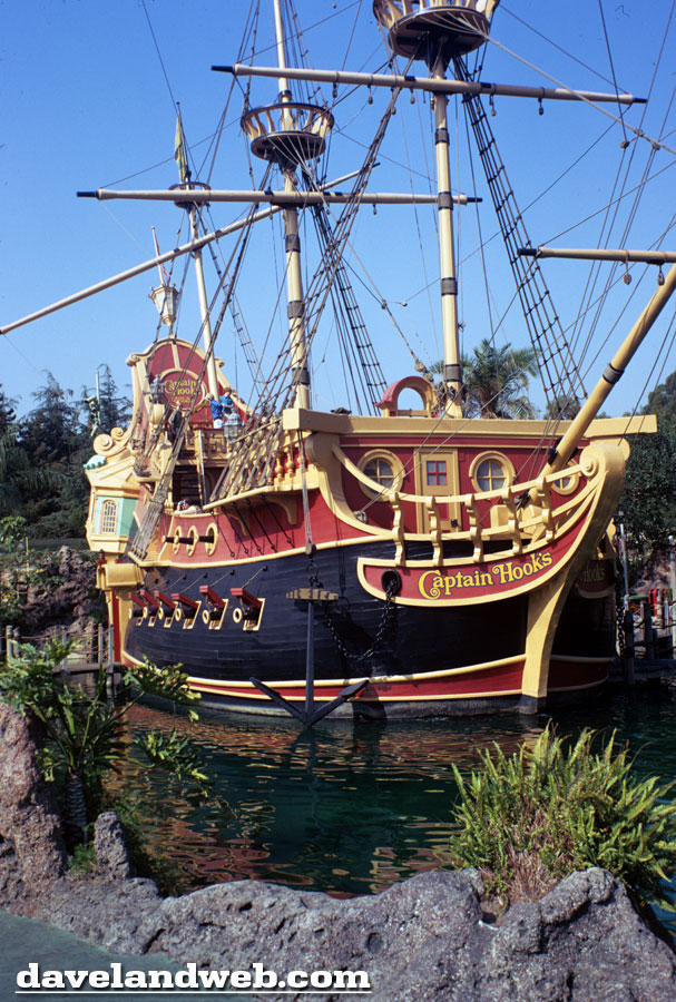 Pirate Ship restaurant Disneyland old Fantasyland