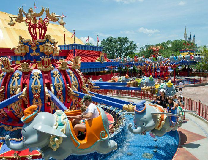 Disneyland vs. Disney World Dumbo