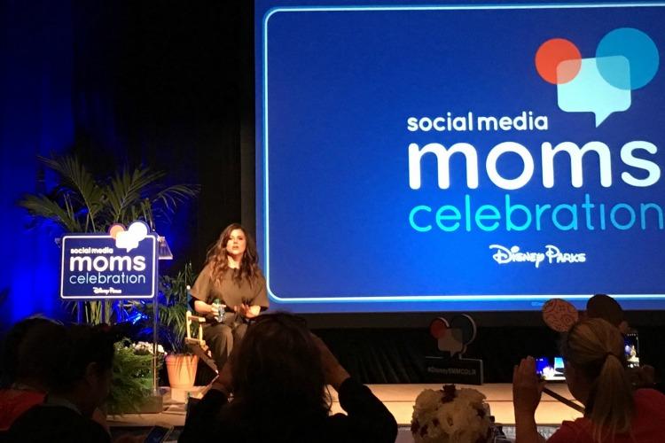 Disney Social Media Moms Celebration at Disneyland - Tiffani Thiessen