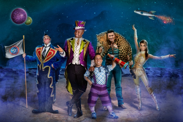 Ringling Bros Out of This World - Cast