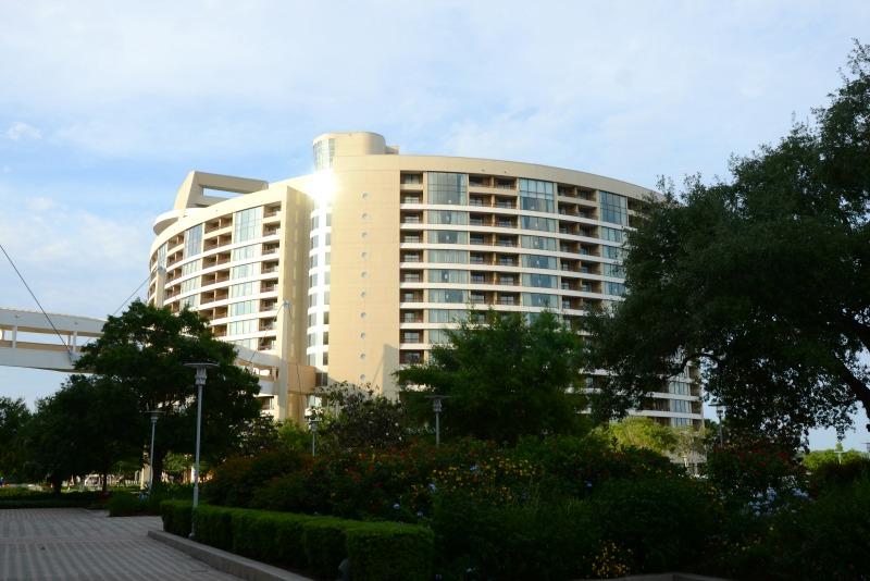 Disney World Resorts - Contemporary Bay Lake Tower Deluxe Villas