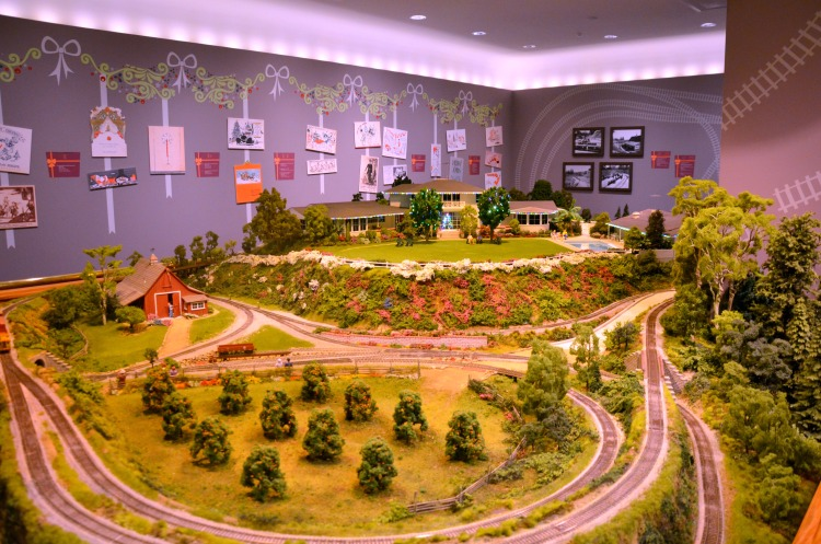 Walt Disney Family Museum - Carolwood