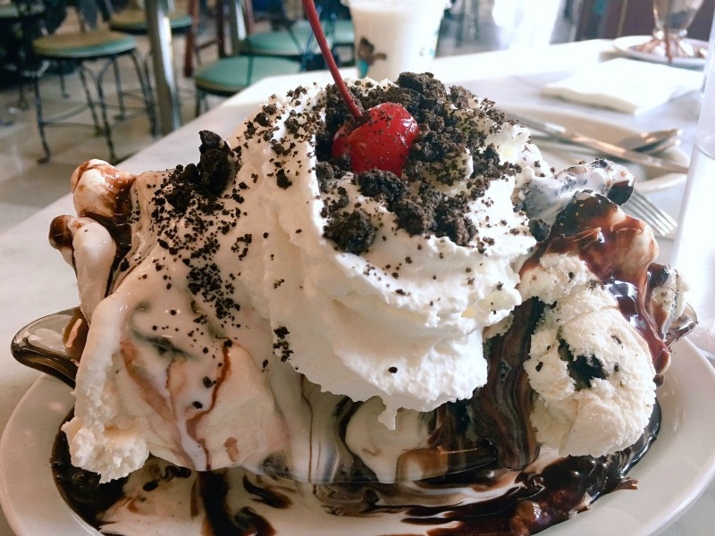 Things to do in Oakland with Kids - Fentons Ice Cream