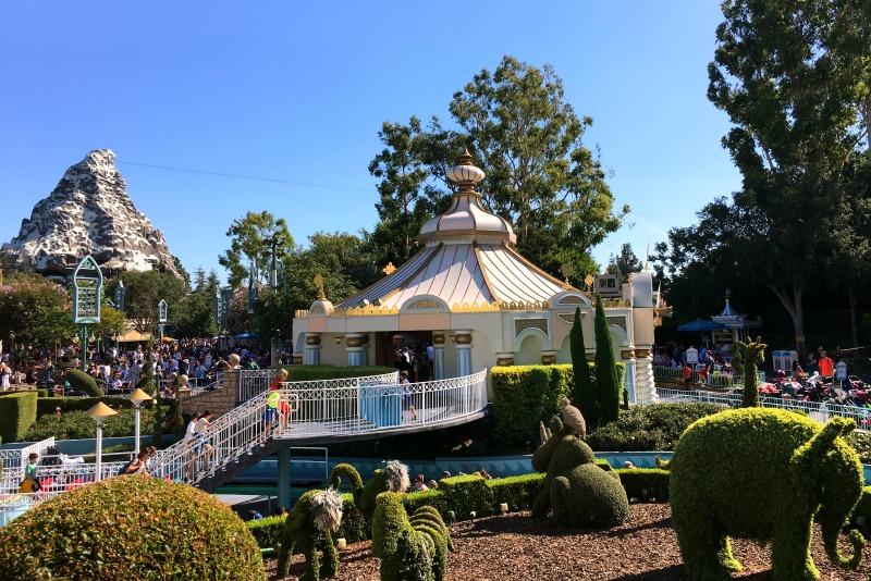 Disneyland Rider Switch with MaxPass - Matterhorn and Fantasyland View