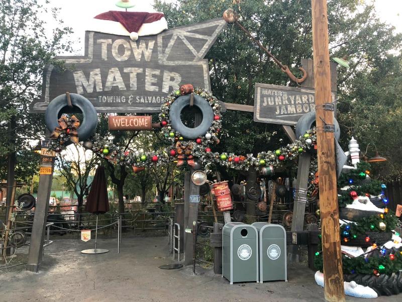 Disneyland Holidays - Maters Jingle Jamboree