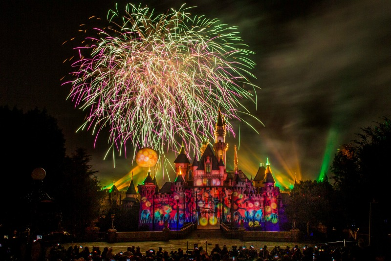 Halloween Screams Disneyland HalloweenTime