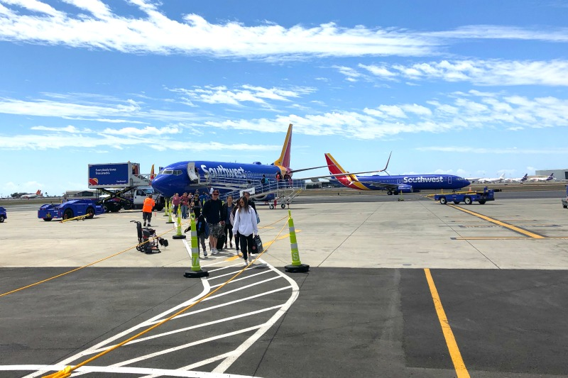 Southwest Hawaii Flight Review - Deplaning in HNL