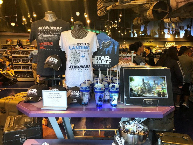 Star Wars Galaxys Edge Tips Disneyland - Merchandise in Star Traders