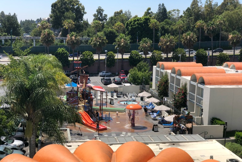 Howard Johnson Anaheim - Castaway Cove Water Playground View from Above
