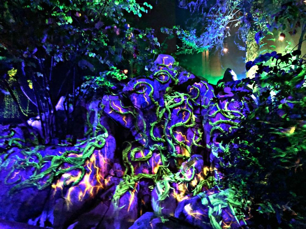 Oogie Boogie Bash Disneyland - Villains Grove