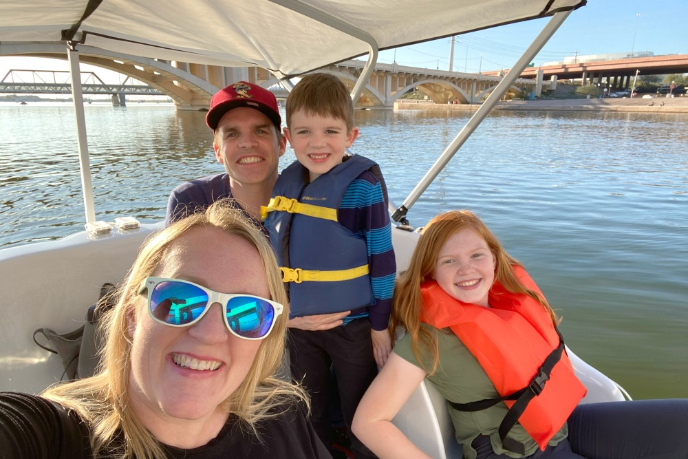 Tempe Arizona with Kids - Tempe Town Lake Boating