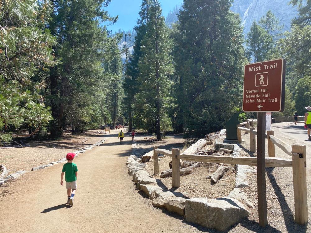 Yosemite National Park Coronavirus 2020 - Mist Trail