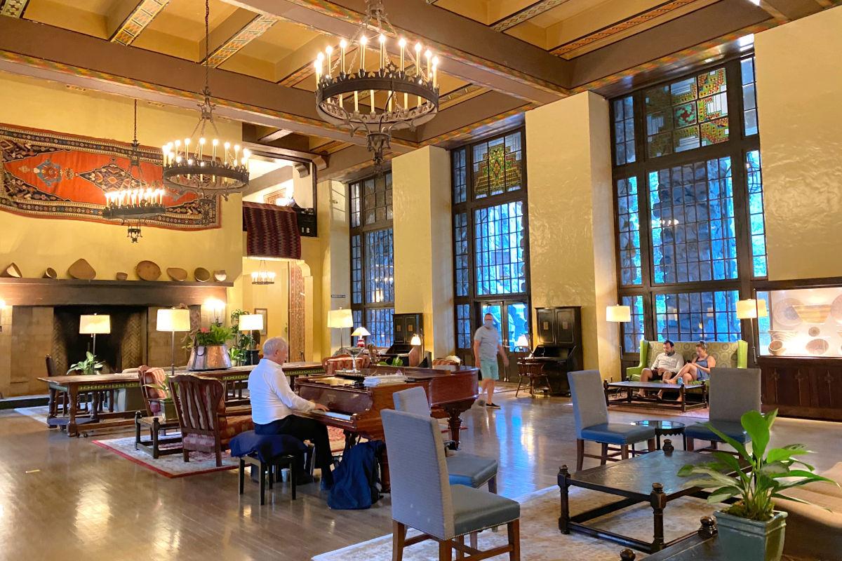 Ahwahnee Hotel Lobby Yosemite with Piano Player