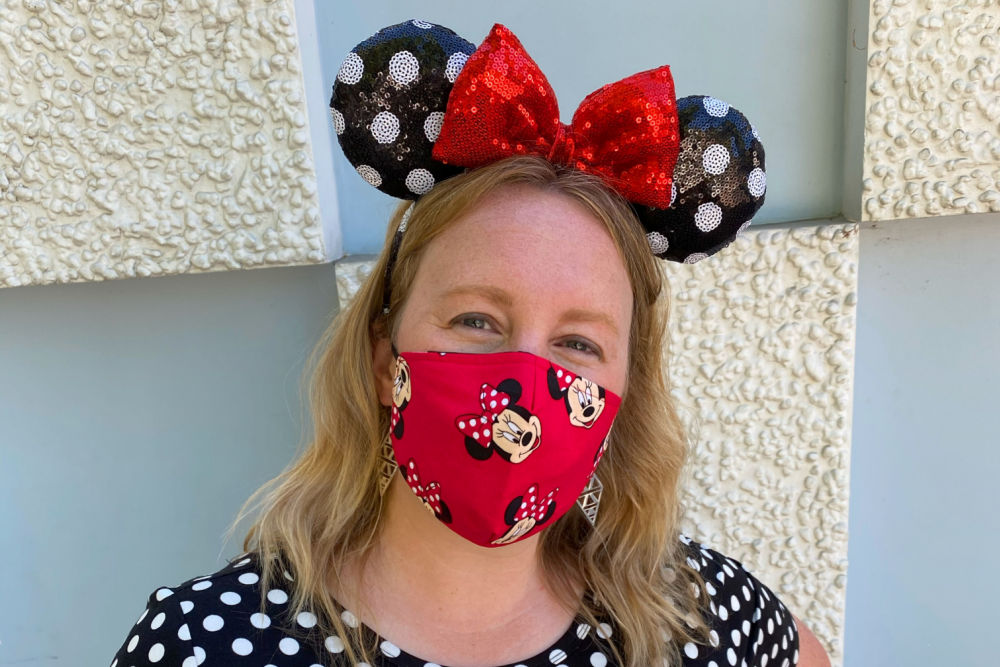 Minnie Mouse mask worn in Disneyland in 2021
