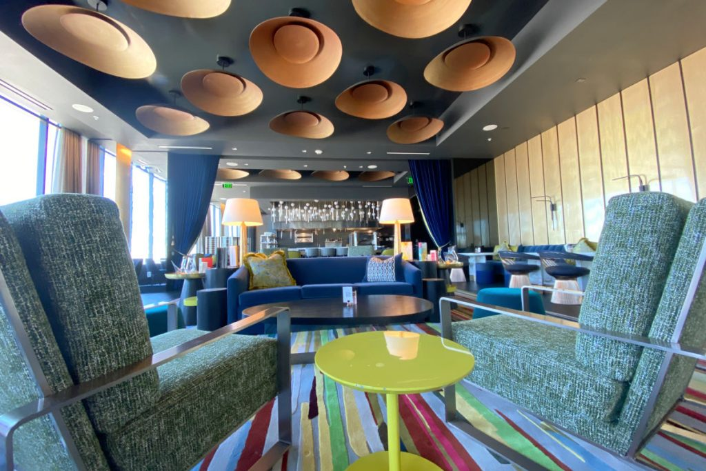 Radisson Blu Anaheim - Blu SkyBar Interior