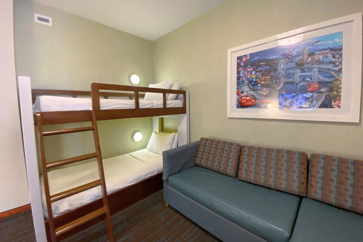 SpringHill Suites Anaheim Bunk Room