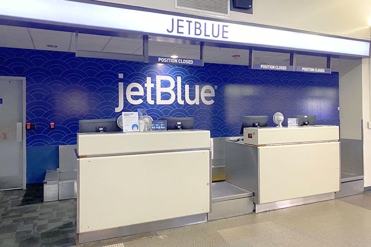 JetBlue Ticket Counter