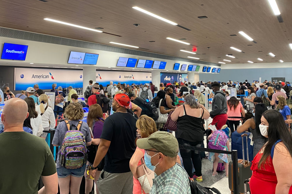 Bag Check Lines in Nashville Airport in Summer 2021 Air travel
