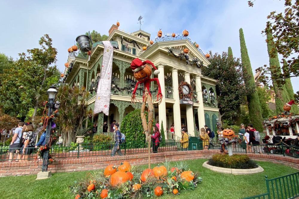 Disneyland Halloween Time Haunted Mansion Holiday exterior