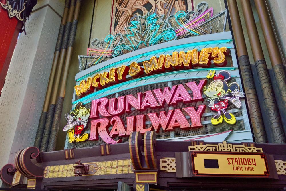 Mickey and Minnies Runaway Railway - Hollywood Studios